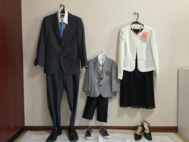 幼稚園 卒園式 父親 服装